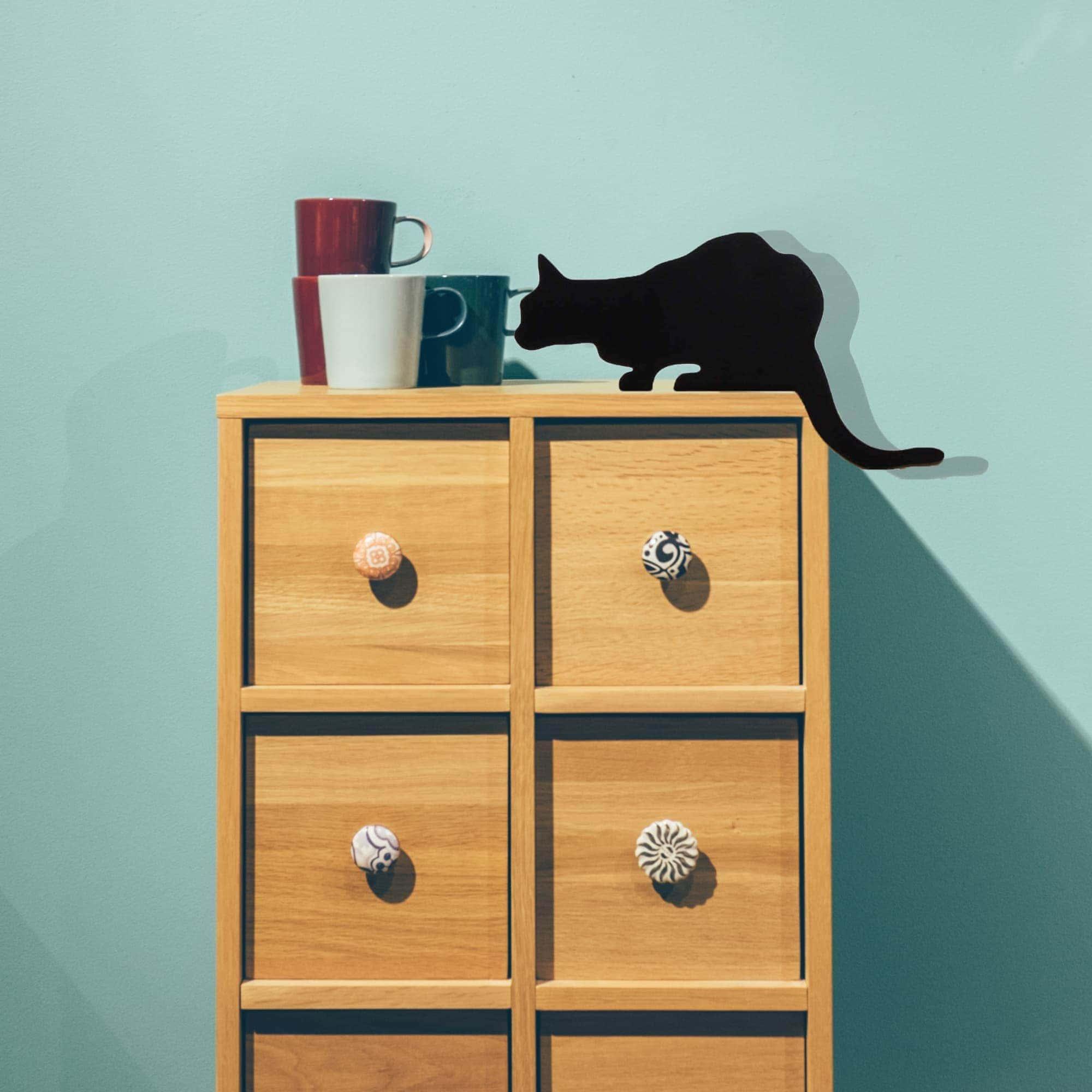 צ'רצ'יל - פסלון חתול למדף