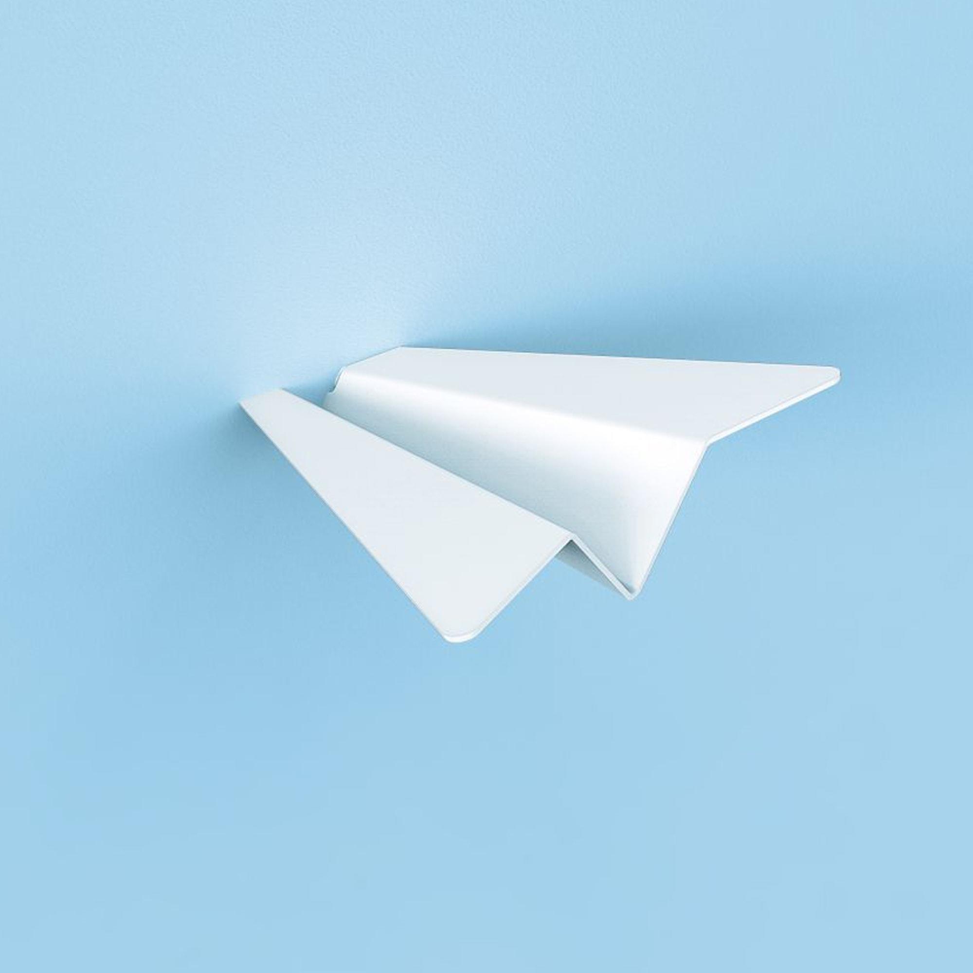 מטוסי נייר - סט מתלים מעוצבים לקיר